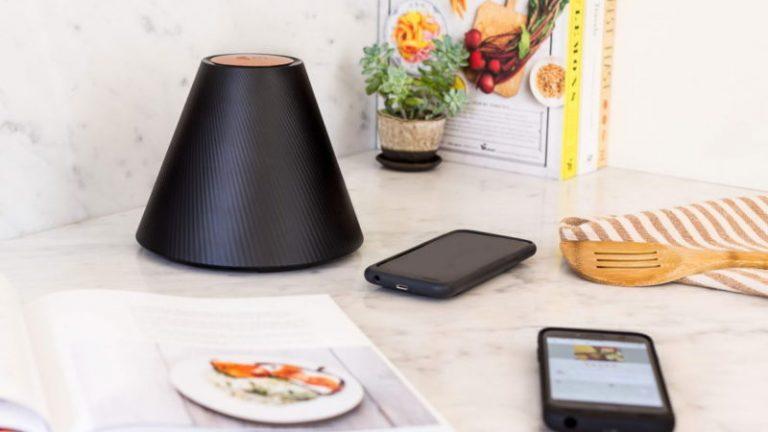 با pi اشنا شوید دستگاهی که اسمارت فون ها را از فاصله 30 سانتی شارژ میکند! + ویدیو