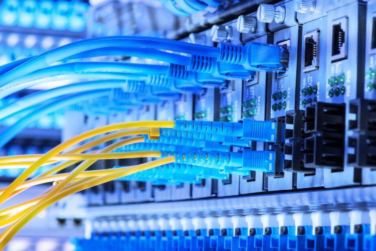 کابل شبکه چیست ,انواع کابل شبکه کدام است وچه فرقی با کابل های دیگر دارد؟+ خرید