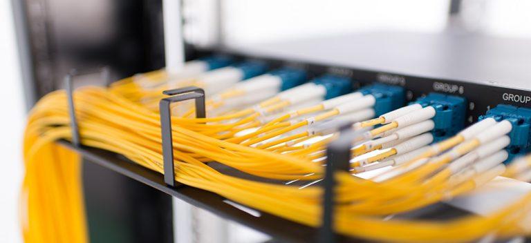 استانداردهای کابل کشی فیبرنوری چیست ؟